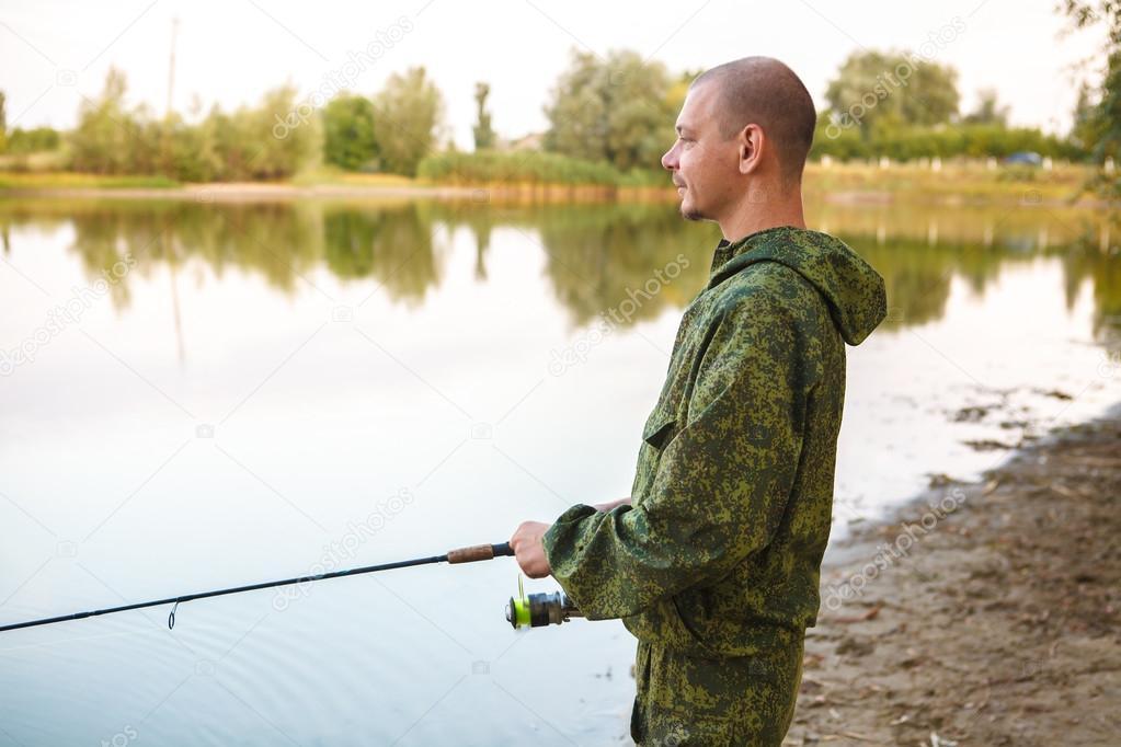 фото на рыбалке мужчина