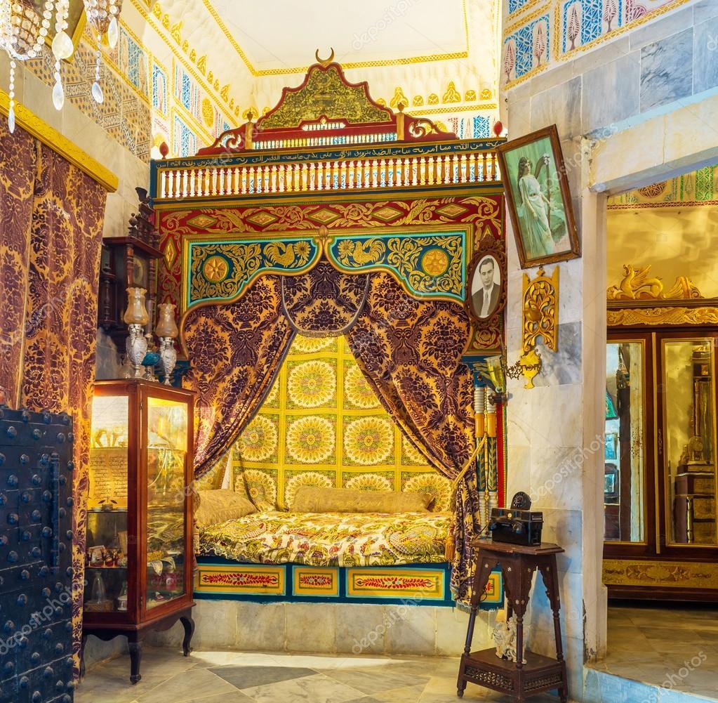 Das arabische Schlafzimmer — Redaktionelles Stockfoto © efesenko ...