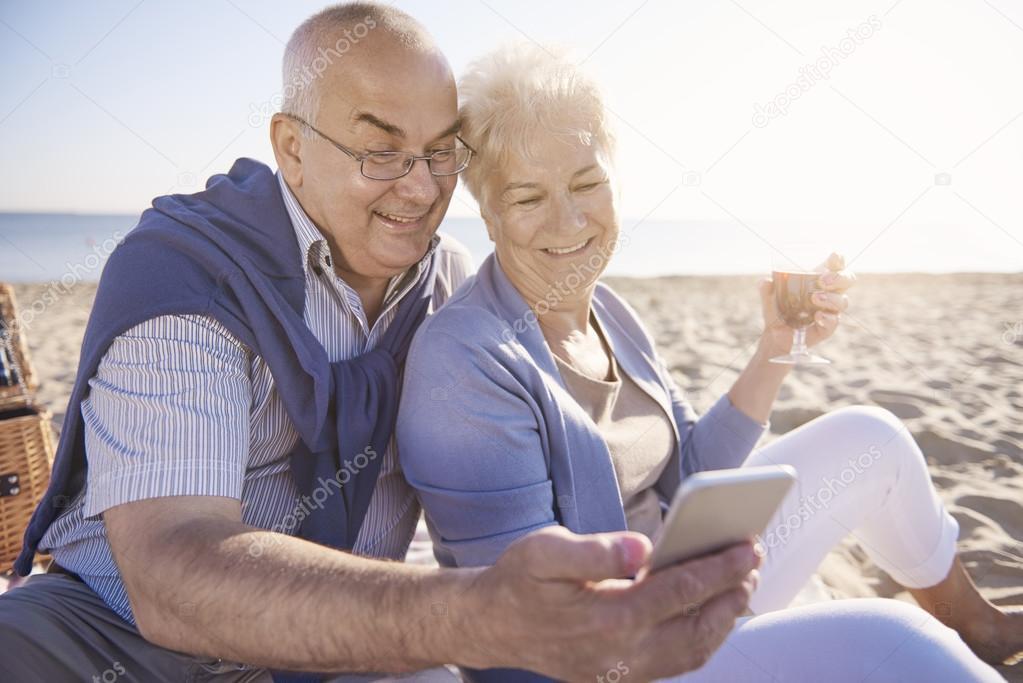 The United Kingdom Iranian Seniors Online Dating Website