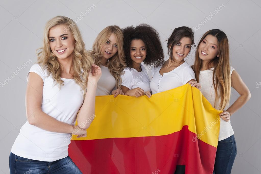 girls-german-girl-group-images-hilton