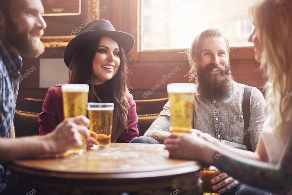 Friends drinking beer