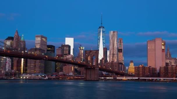 Alba sopra Manhattan. Time Lapse 4K
