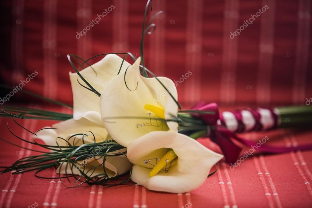 Lilie Blumen Hochzeitsstrauss Stockfoto C Aetb 69995507