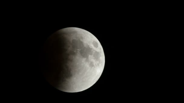 September 2015 Real Full Moon Eclipse Timelapse Followed by the Blood Moon !