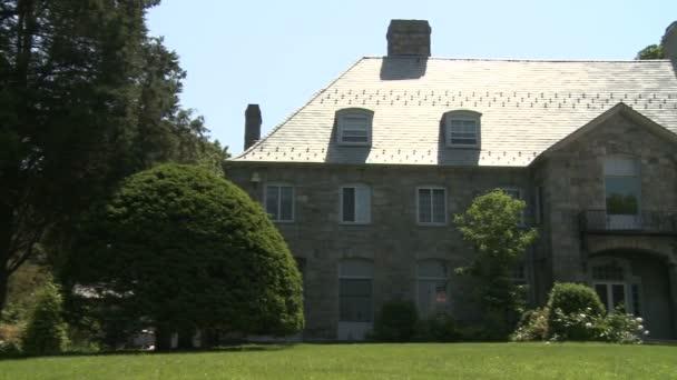 Large Mansion (2 of 3)