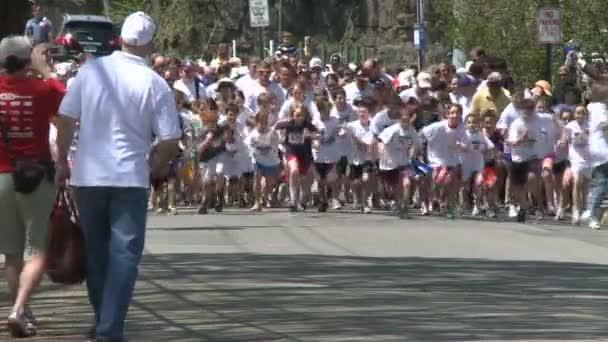 Large crowd of people on marathon