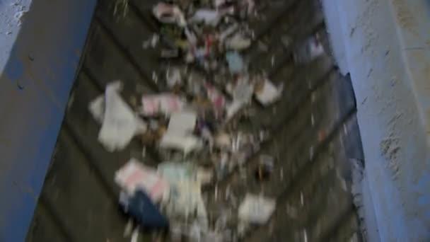Mögött a jelenetek Nézd meg a lépéseket a korszerű újrahasznosítás