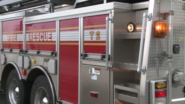 Lights on fire engine (1 of 4)