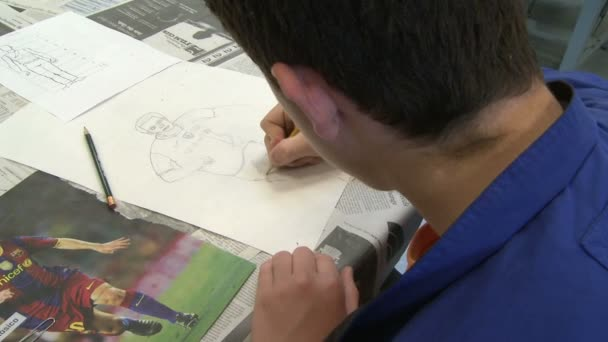 Junior high students working in art class (8 of 9)