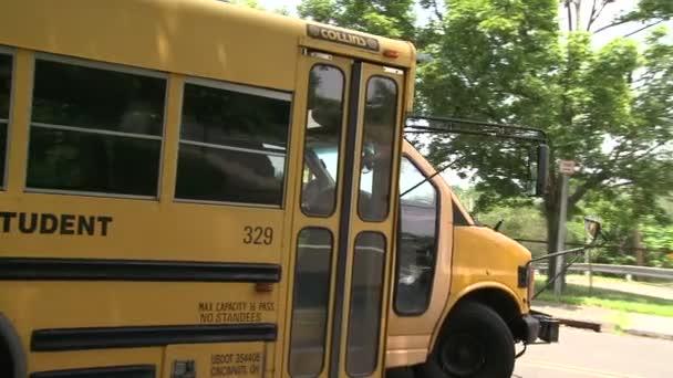 School Bus-on megy