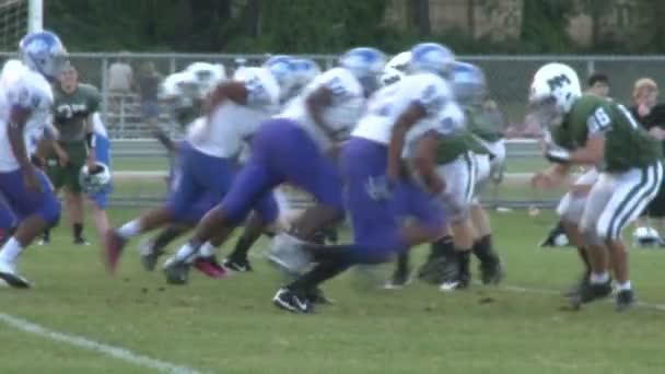 High school football game (10 of 11)