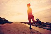 sportovec běžec běží