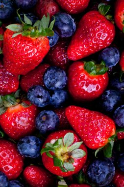 Strawberry and blueberry fruits