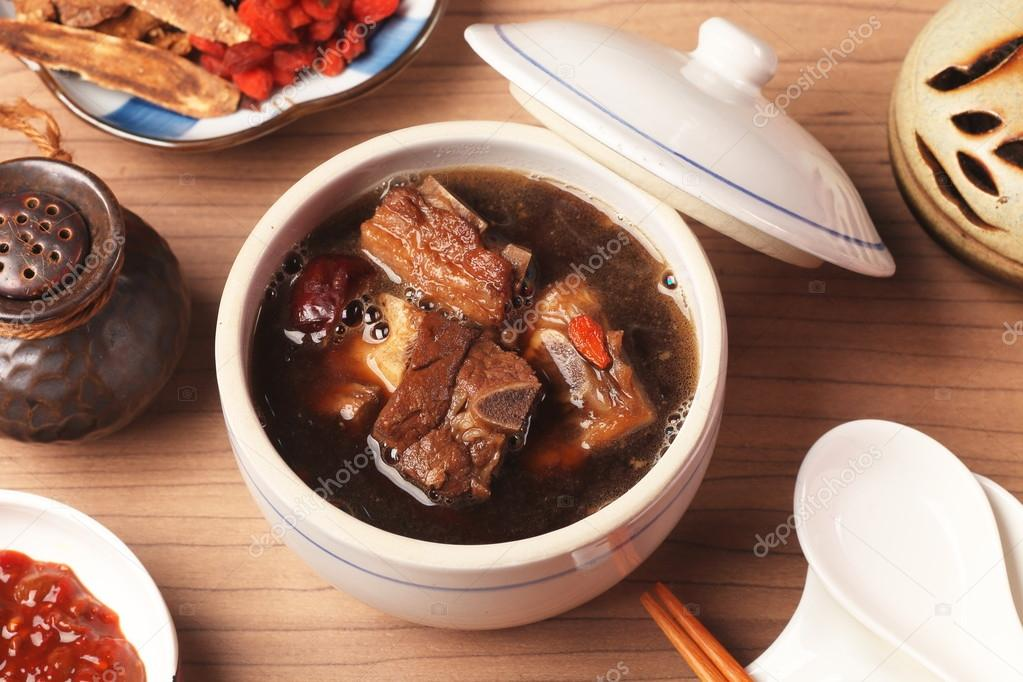 Pork chops in Chinese medicine soup  — Stock Photo