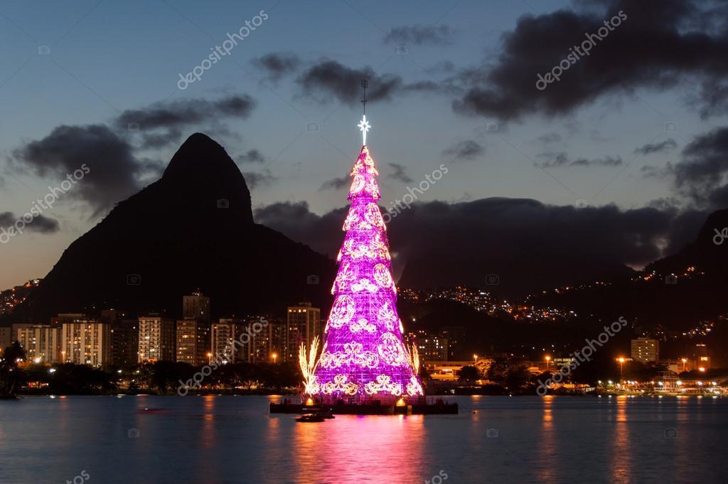 Fotos De Navidad En Brasil.Fotos Navidad En Brasil Colorido Arbol De Navidad En
