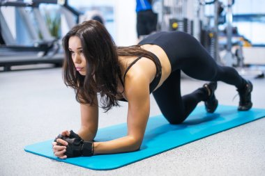 portrait fitness training athletic sporty woman