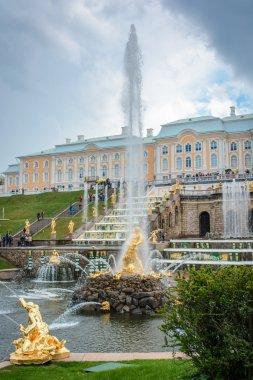 Peterhof. Grand cascade. Samson fountain. Palace of Peter 1