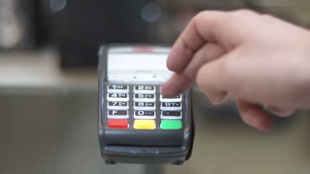 Kreditní karta stroj, placení kreditní kartou