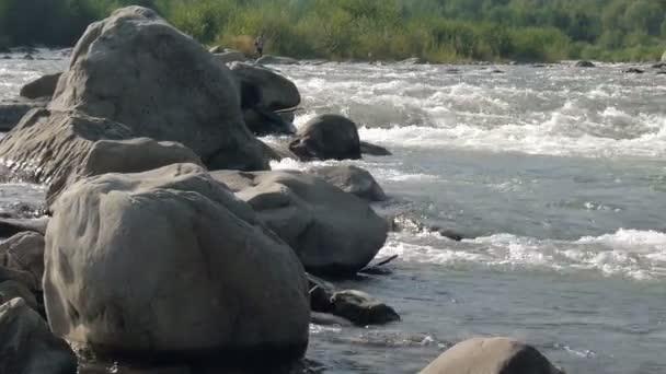 vodopád, řeky, hory, příroda