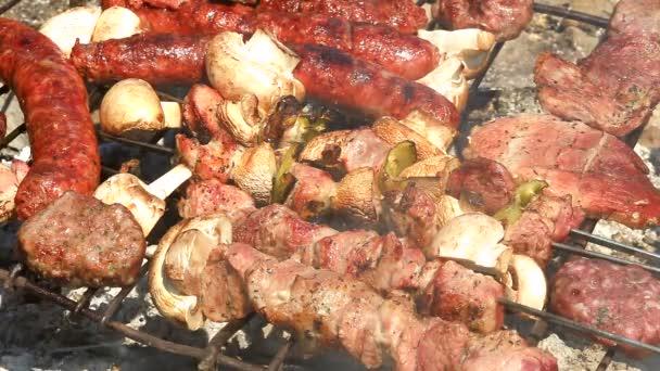 Friss hús, grill sütő