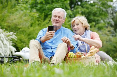 couple mobile phone while relaxing