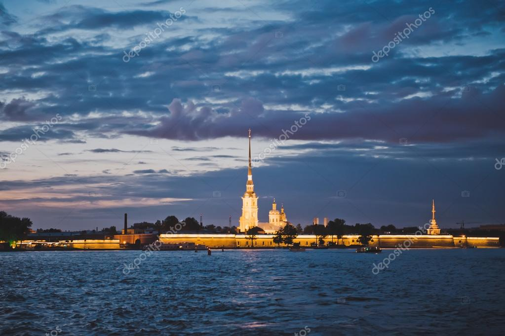 Night photos of the Peter and Paul Fortress 1175.