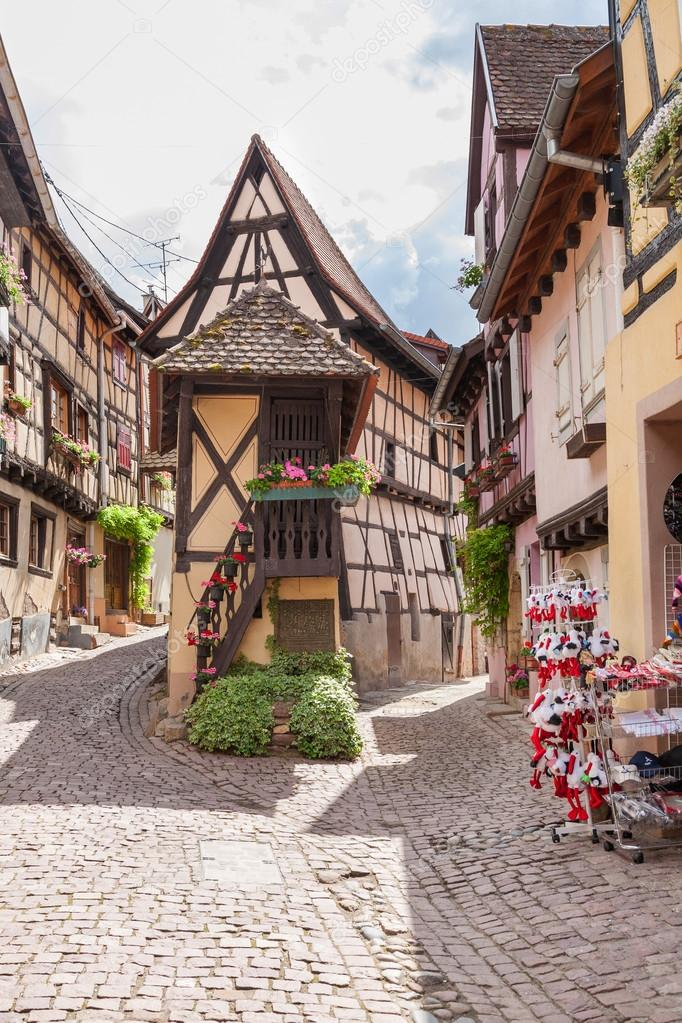eguisheim chatrooms Eguisheim tourism: tripadvisor has 8,712 reviews of eguisheim hotels, attractions, and restaurants making it your best eguisheim resource.
