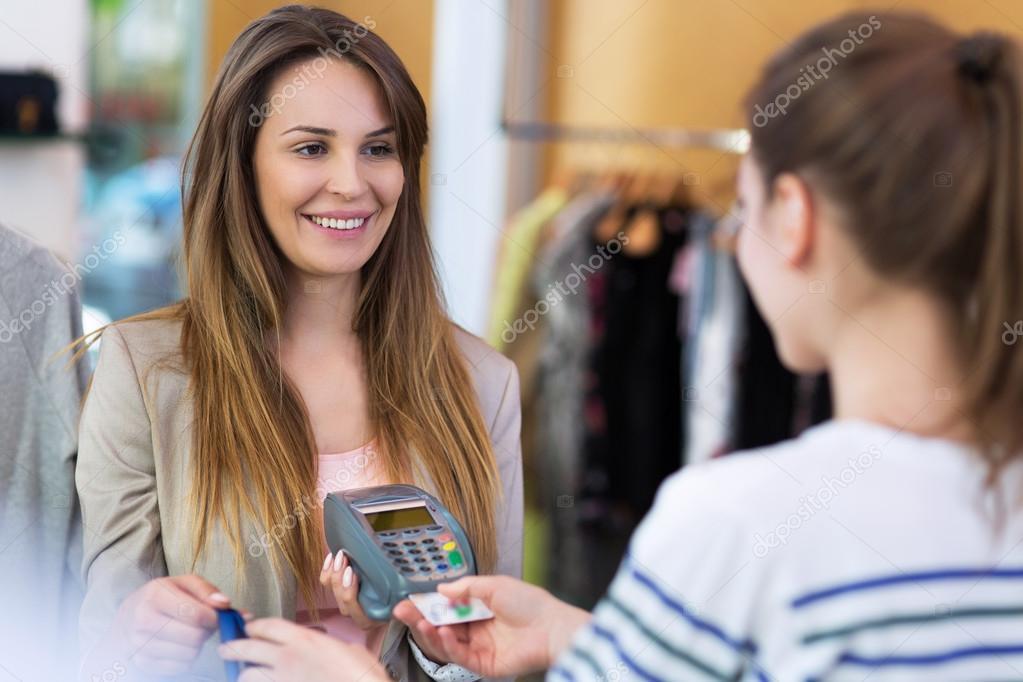 tarjeta de crédito burdel trajes