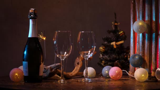 Újévi dekoráció az asztalon