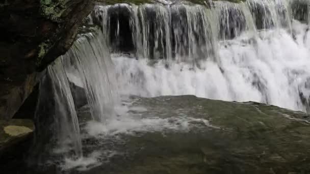 Vodopády - Stony Brook