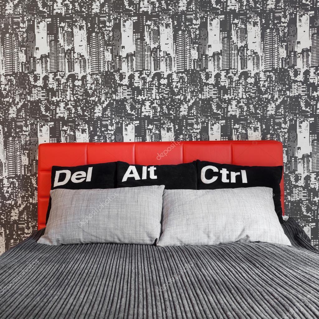 GroB Bequemes Bett In Zeitgenössische Schlafzimmer Für Jungen Mann U2014 Foto Von  Photographee.eu