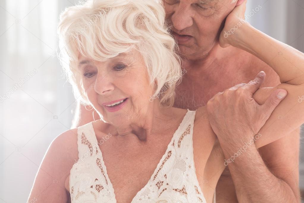 Секс пожилых женщин с мачо, женщины махровая порнуха фотки