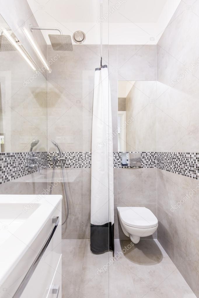 Große Idee für ein kleines Bad — Stockfoto © photographee.eu ...