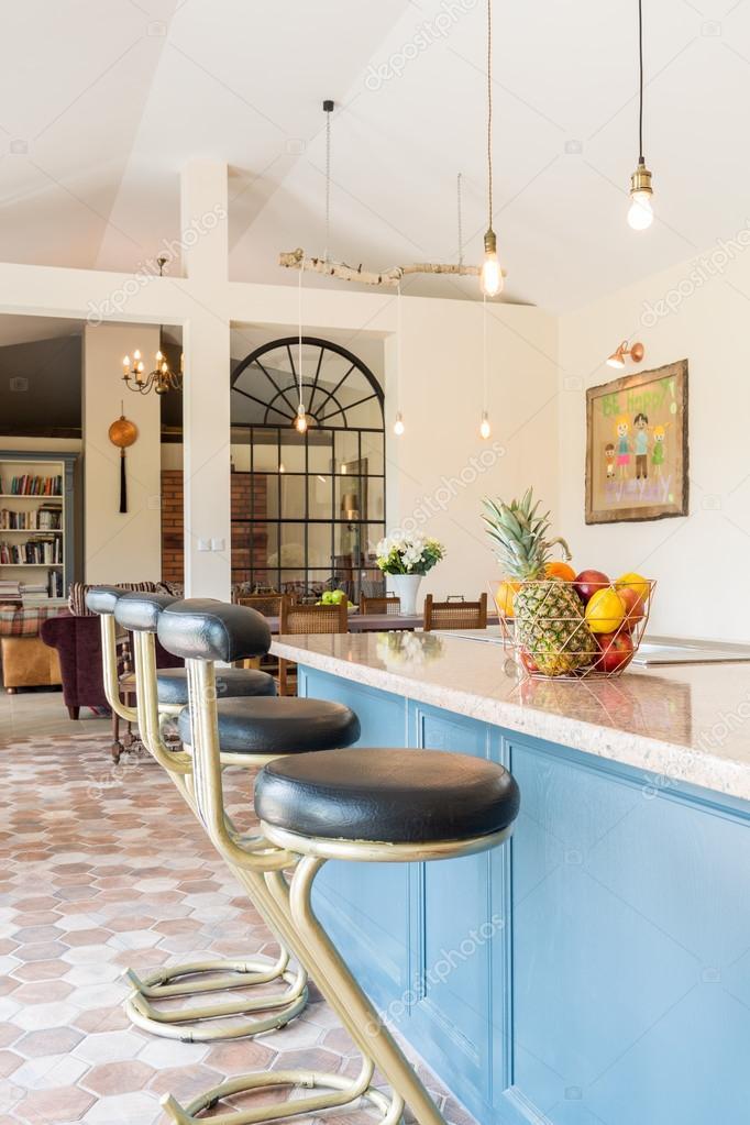 artistieke interieur ontworpen met liefde voor vintage stockfoto