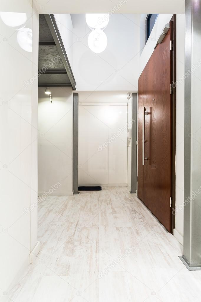 Idée lumineuse maison couloir — Photographie photographee.eu ...