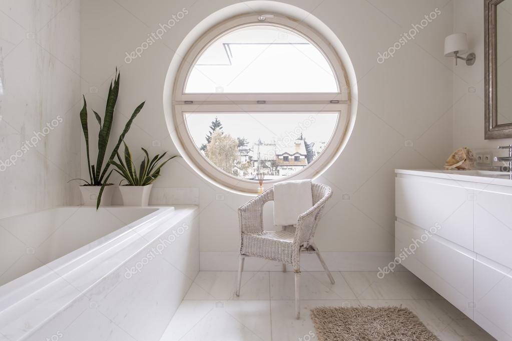 Decoración de cuarto de baño sencillo y limpio para los amantes de ...