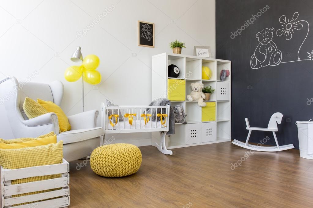 żółty Dekoracje W Pokoju Dziecka Zdjęcie Stockowe Photographee
