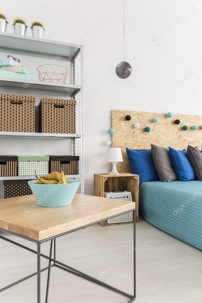 Uso creativo di materiali naturali e arredamento camera da letto ...