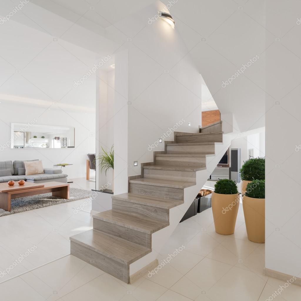 Interior de la casa en estilo minimalista foto de stock for Foto casa minimalista