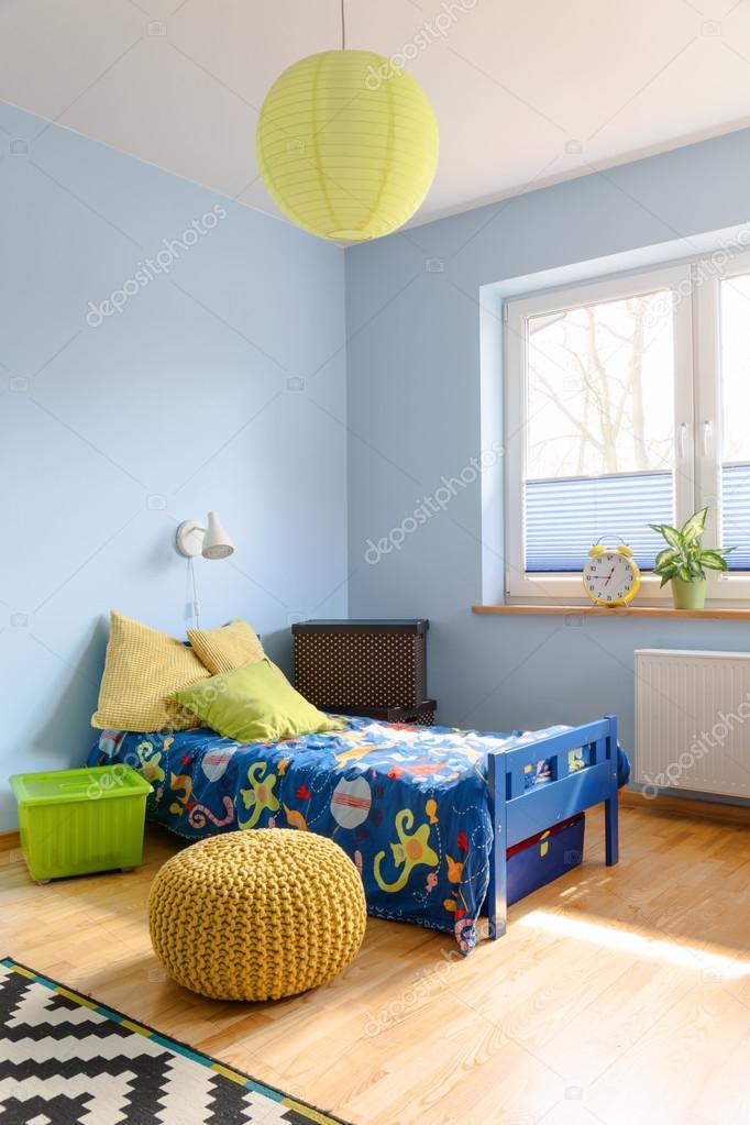 Sonnig und lustigen Charakter von einem Kinderzimmer — Stockfoto ...