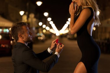 Man proposing to his love