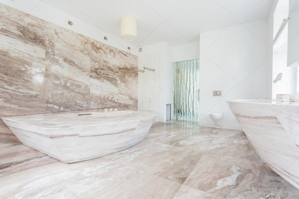 Marmer Tegels Badkamer : Marmeren tegels op de badkamer u stockfoto photographee eu