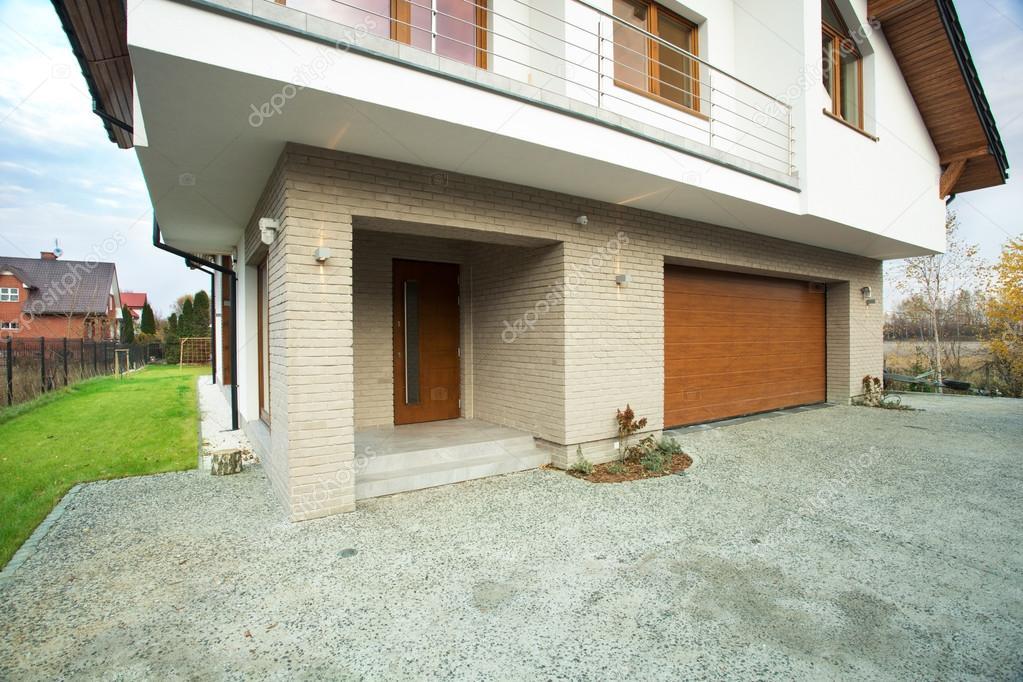 Entrata della casa dall 39 esterno foto stock - Ingresso esterno di casa ...