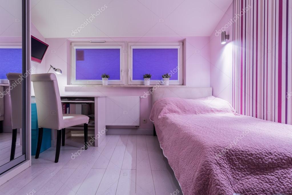 Gezellige kamer voor meisje u stockfoto photographee eu