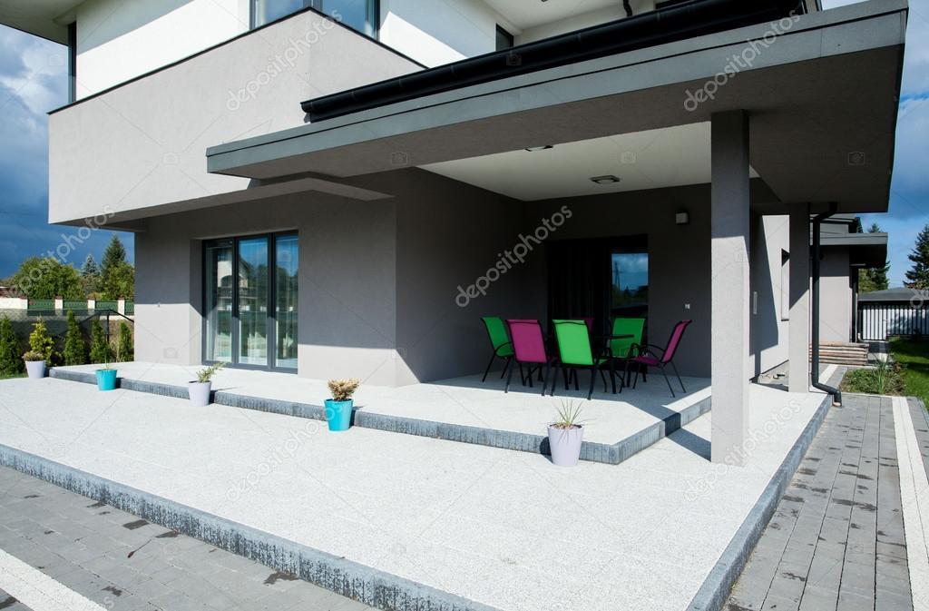 Moderne huis terras u stockfoto photographee eu