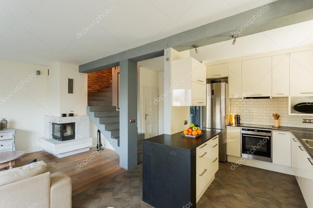 Open keuken en woonkamer — Stockfoto © photographee.eu #70341311