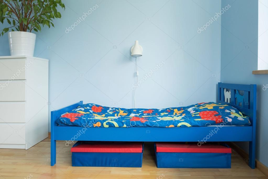 Blauwe kamer van een jongen u stockfoto photographee eu