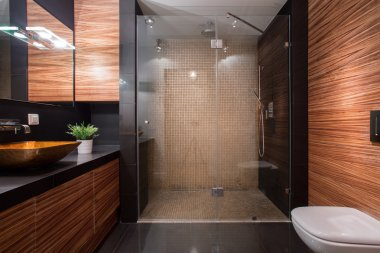 Wooden details in luxury bathroom