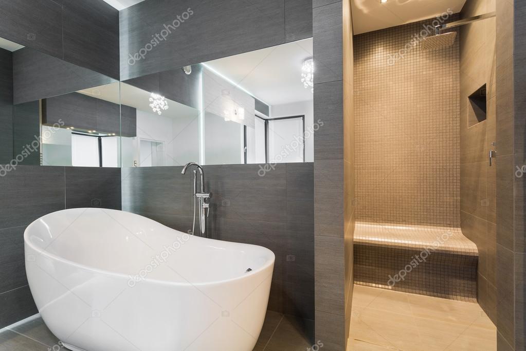 Afvoer douche aansluiten modern bad en douche op dezelfde afvoer