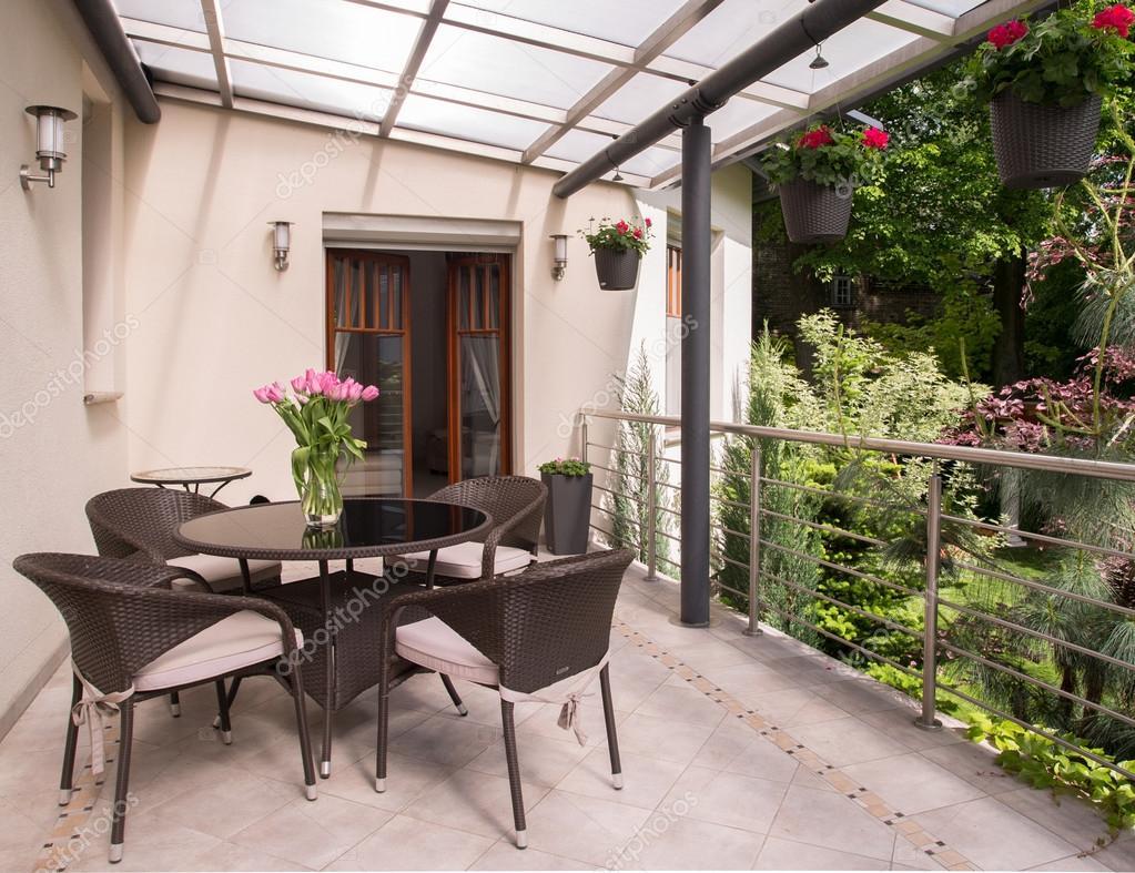 Gezellig Zonnig Balkon : Mooi gezellig balkon u stockfoto photographee eu